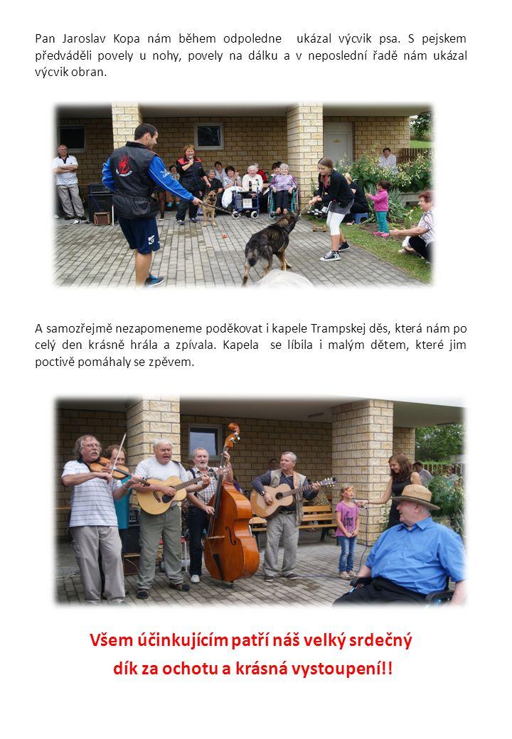 Pan Jaroslav Kopa nám během odpoledne ukázal výcvik psa.