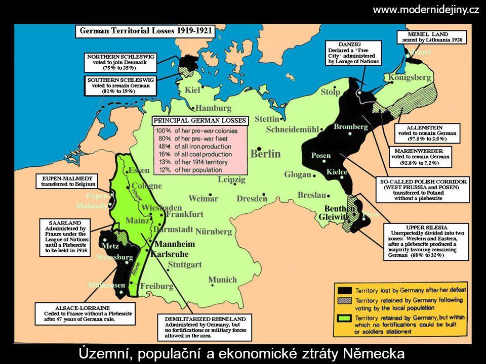 """Meziválečná diplomacie - z války vyšly jako vítězné mocnosti, ale zadluženy - v roce 1922 byla svolána Janovská konference k slovansko- italské otázce, které se zúčastnily vítězné mocnosti spolu s Ruskem a Německem (těsně předtím uzavřená dohoda sovětsko-německá v Rapallu) - 1925 dohoda v Locarnu (garance západních hranic Německa) - roce 1928 byl podepsán Briand-Kellogův pakt, kterým se zúčastněné země (všechny významné mocnosti včetně Německa) zřekly války jako prostředku při řešení sporů (neměl sankce) - snaha vymoci na Německu poválečné reparace (viz okupace Porúří z roku 1923), následné úpravy reparací v Dawesově plánu (1924) a poté v Youngově plánu (1929), 1932 reparace zrušeny - politika začleňování Německa do evropských struktur se po nástupu Hitlera změnila v politiku """"appeasmentu - Francie zaměřila vojenskou moc na obrannou válku (Maginotova linie), Velká Británie se snaží o tradiční rovnováhu na kontinentě mezi Německem a Francií"""
