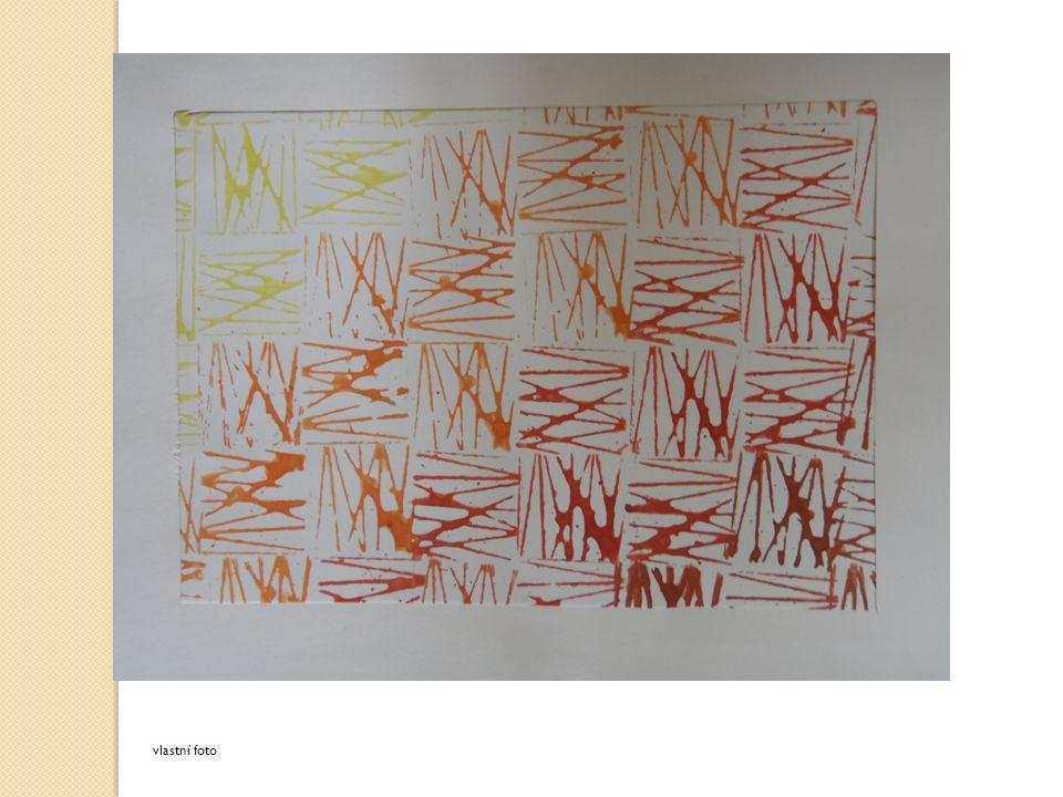 K obrazům vytvoř papírové rámečky, tzv. pasparty.