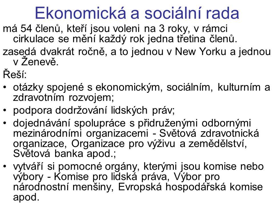 Ekonomická a sociální rada má 54 členů, kteří jsou voleni na 3 roky, v rámci cirkulace se mění každý rok jedna třetina členů.