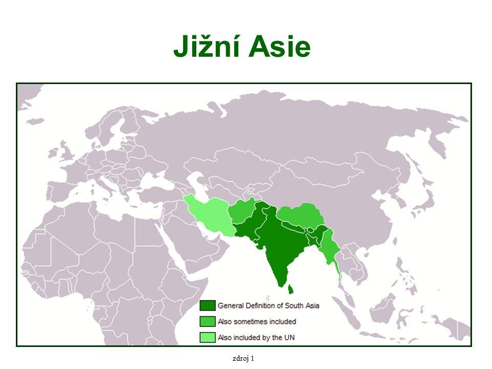 Přírodní poměry tři velké fyzickogeografické oblasti – Dekanská plošina – horská pásma Himálaje – Indoganžská nížina největší souvislá náplavová nížina na světě nejúrodnější a nejhustěji zalidněná nížina světa přes 700 milionů lidí – více než polovina obyvatel subkontinentu