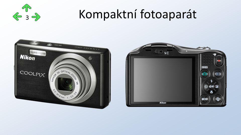 Kompaktní fotoaparát 3