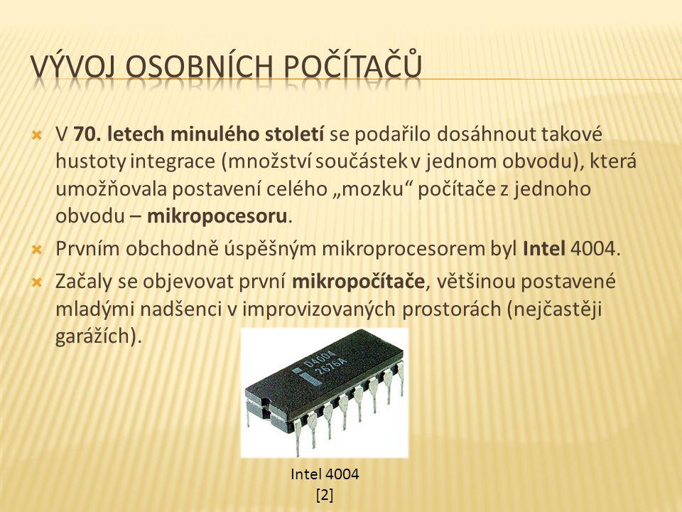  Počítač Altair 8800 vytvořil v r.1975 v USA Edd Roberts (MITS).