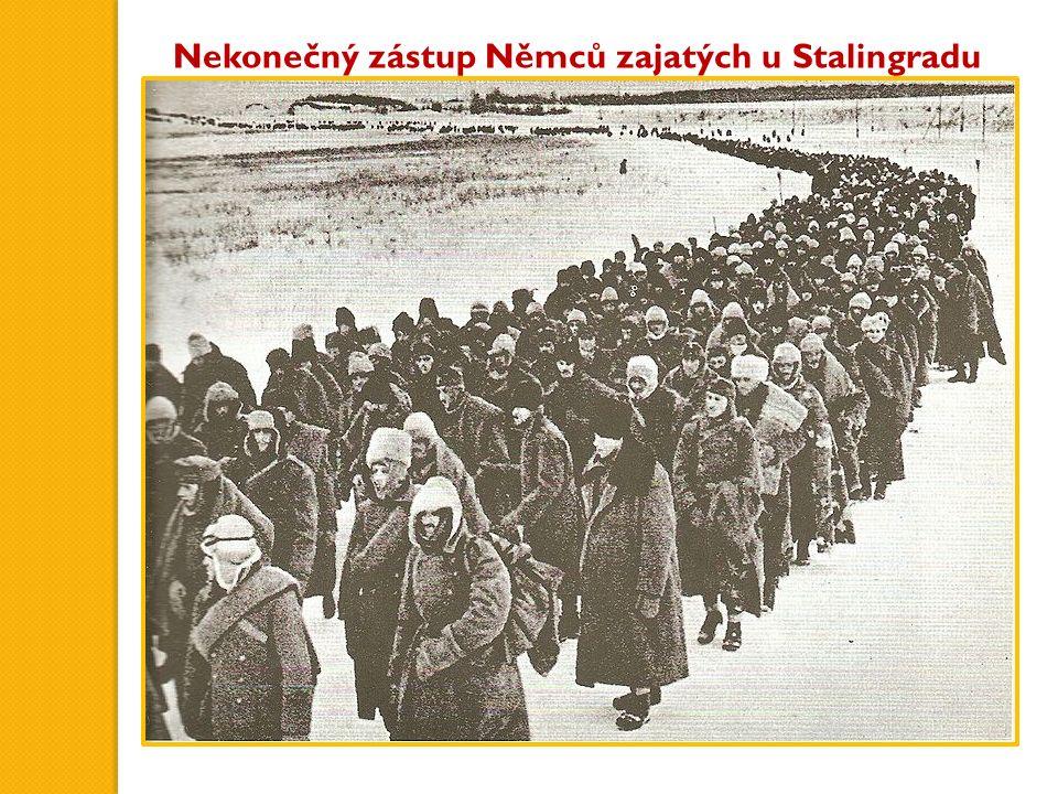 Nekonečný zástup Němců zajatých u Stalingradu