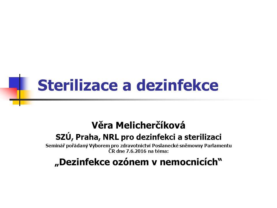 Poskytovatel zdravotních služeb zodpovídá za: kvalitu sterilizačních médií požadovaných výrobcem přístrojů, správnost sterilizačního procesu a jeho monitorování, proškolení zdravotnických pracovníků vykonávajících sterilizaci, kontrolu účinnosti sterilizátoru.