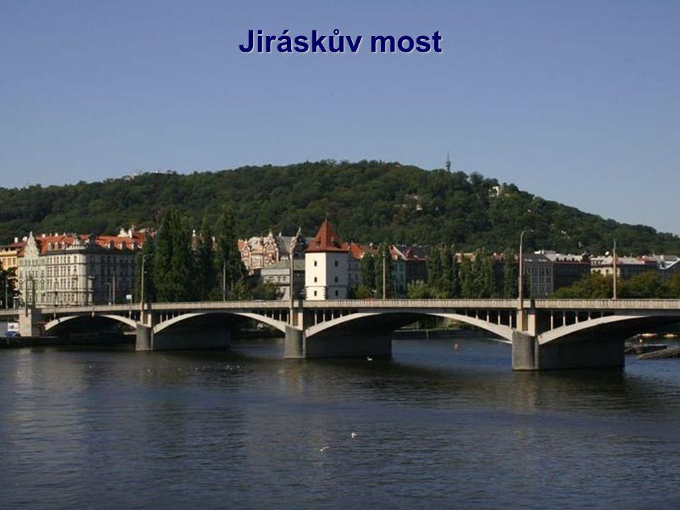 Palackého most je šestý most (ve směru toku) a třetí nejstarší dochovaný most přes Vltavu v Praze.