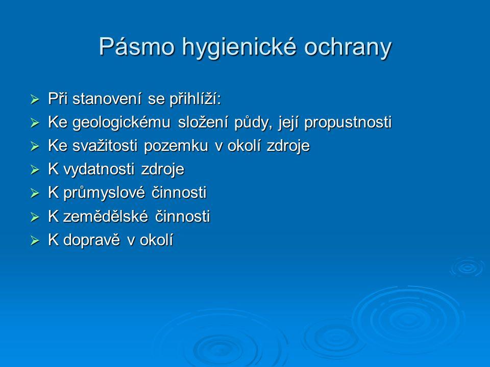 Zdravotní rizika- demineralizovaná voda  Demineralizovaná voda – nemá charakter pitné vody a její pravidelnou konzumaci nebo jednorázovou konzumaci ve větším množství nutno považovat za zdravotně rizikovou  Nutno odmítnout zařízení na bázi destilace nebo deionizace jako koncový stupeň úpravy pitné vody  Prakticky nulový příjem vápníku a hořčíku vodou  Snížený příjem některých esenciálních prvků a mikroprvků  Vysoké ztráty vápníku, hořčíku a jiných esenciálních prvků z potravin vařených v demineralizované vodě