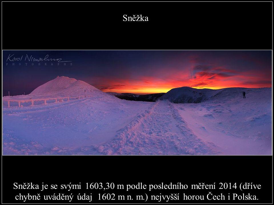Nejvyšší přírodní bod: Vrchol Sněžky v Krkonoších, 1602 m. (okres Trutnov)