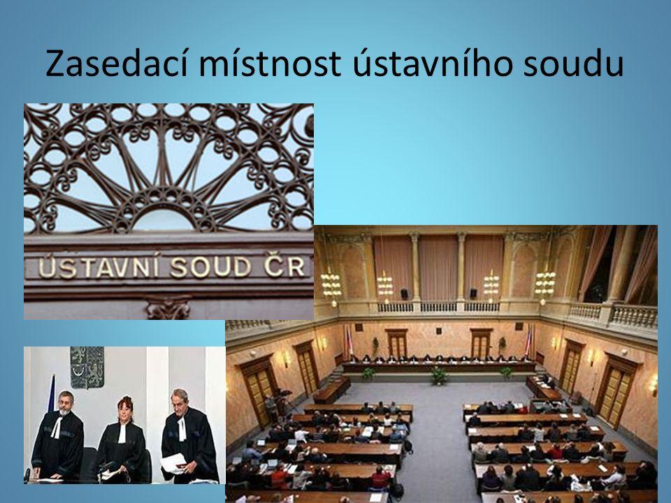 Zasedací místnost ústavního soudu