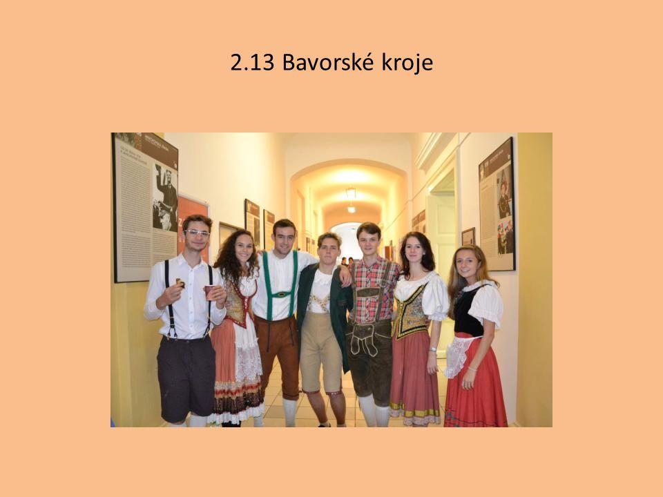 2.13 Bavorské kroje