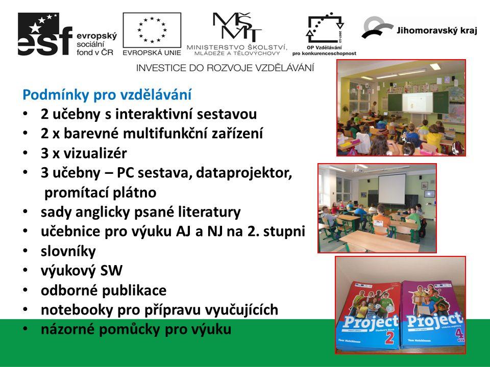 Podmínky pro vzdělávání 18 2 učebny s interaktivní sestavou 2 x barevné multifunkční zařízení 3 x vizualizér 3 učebny – PC sestava, dataprojektor, promítací plátno sady anglicky psané literatury učebnice pro výuku AJ a NJ na 2.