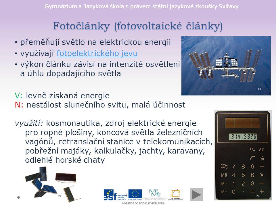 Gymnázium a Jazyková škola s právem státní jazykové zkoušky Svitavy Fotoelektrický jev jev, kdy jsou z látky uvolňovány elektrony při pohlcení elektromagnetického záření poprvé popsal tento jev v roce 1887 německý fyzik Heinrich Hertz a až pomocí kvantové teorie princip vysvětlil německý fyzik Albert Einstein (NC 1921) rozlišujeme vnější a vnitřní fotoelektrický jev [8][8] [9][9]