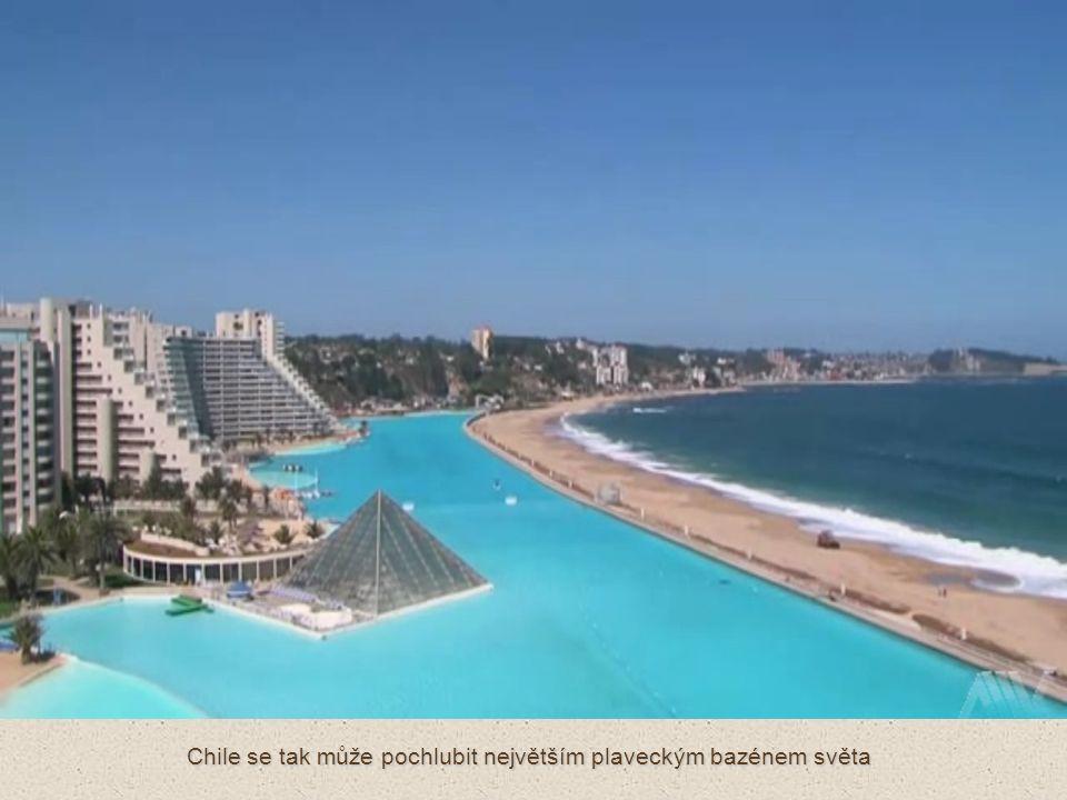 Na dva kilometry dlouhé pláži Algarrobo tak nakonec vznikl bazén, který je dlouhý více než kilometr, široký 100 m a v nejhlubším místě hluboký 35 metrů.