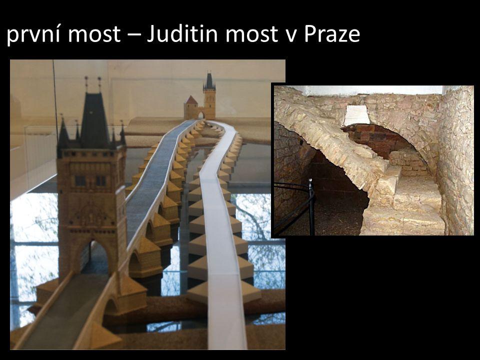 první most – Juditin most v Praze