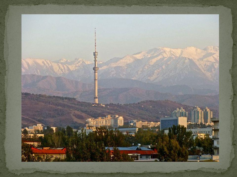 Dushanbe- moderní město Nurek - nejvyšší přehrada světa s výškou 300 m., na řece Vachs, Panjikent = pět osídlení ,nejvýznamnější historická památka, zoroasterský chrám z 5.
