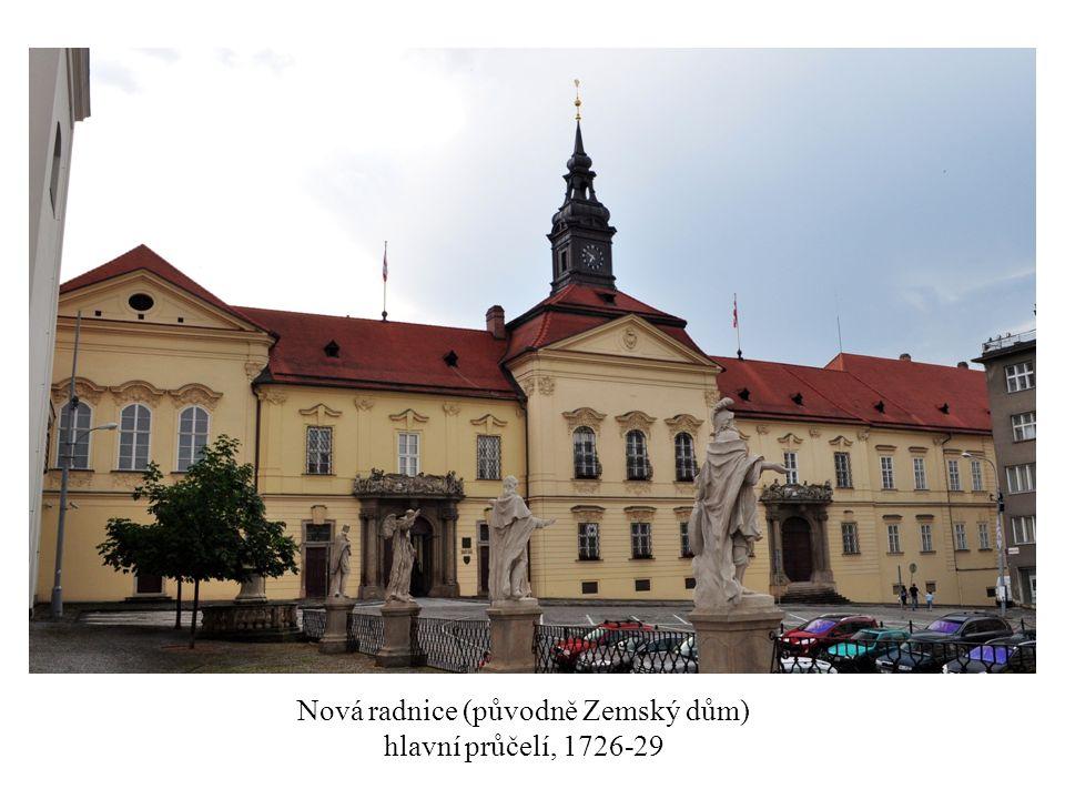 Nová radnice (původně Zemský dům) hlavní průčelí, 1726-29