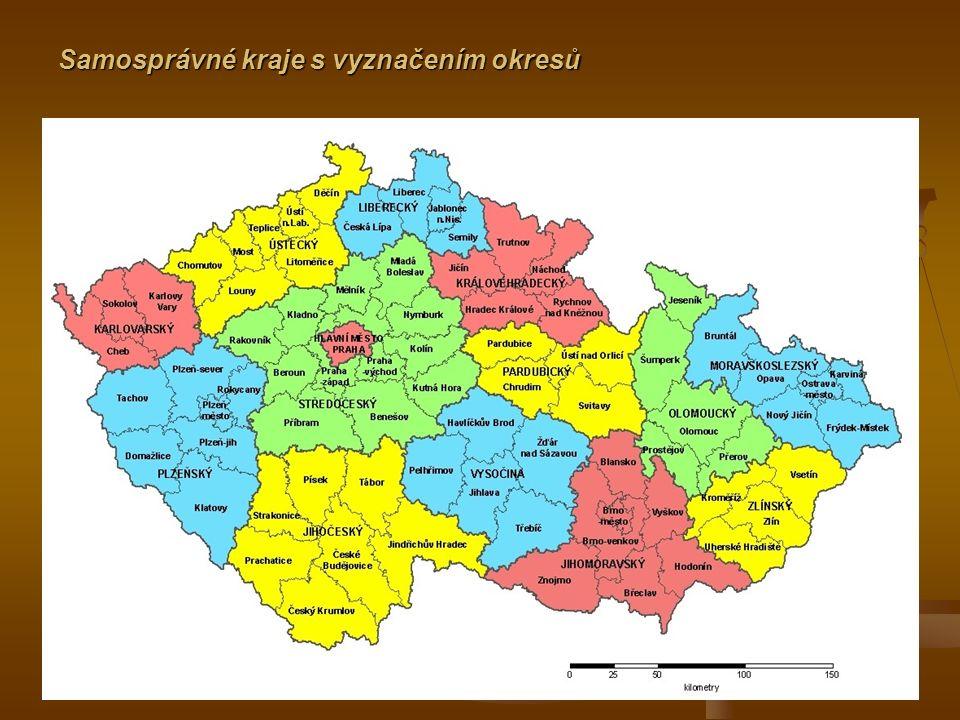 Samosprávné kraje s vyznačením okresů