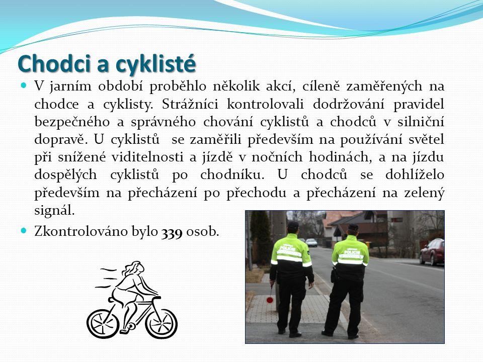 Chodci a cyklisté V jarním období proběhlo několik akcí, cíleně zaměřených na chodce a cyklisty. Strážníci kontrolovali dodržování pravidel bezpečného