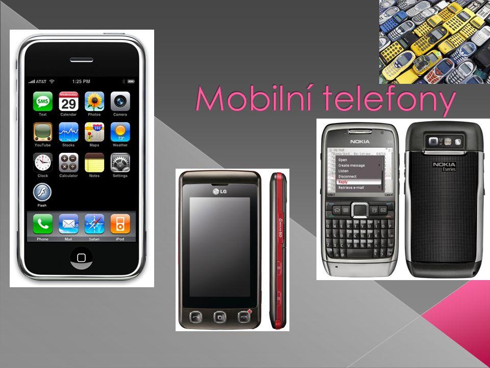  Mobilní telefony umožňují spojení s pevnou telefonní sítí přímo volbou telefonního čísla na vestavěné klávesnici.