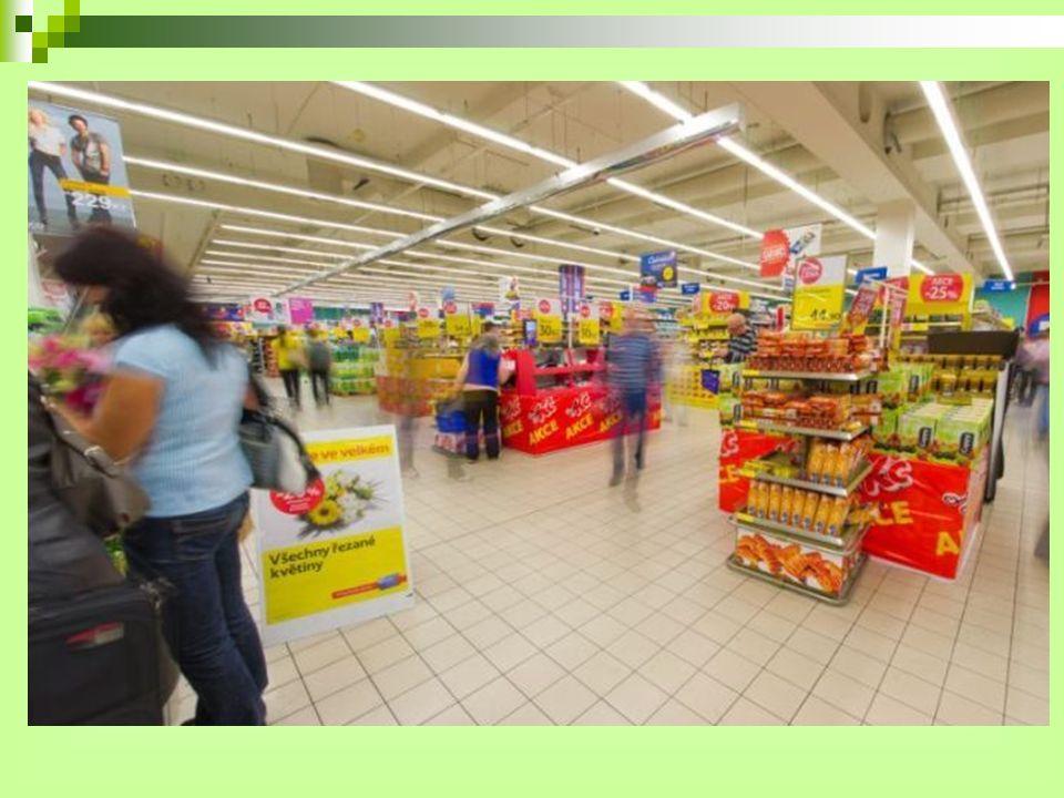 Sortiment prodávaného zboží Široký sortiment potravinového i nepotravinového zboží nabízejí supermarkety, hypermarkety i obchodní domy Tesco.