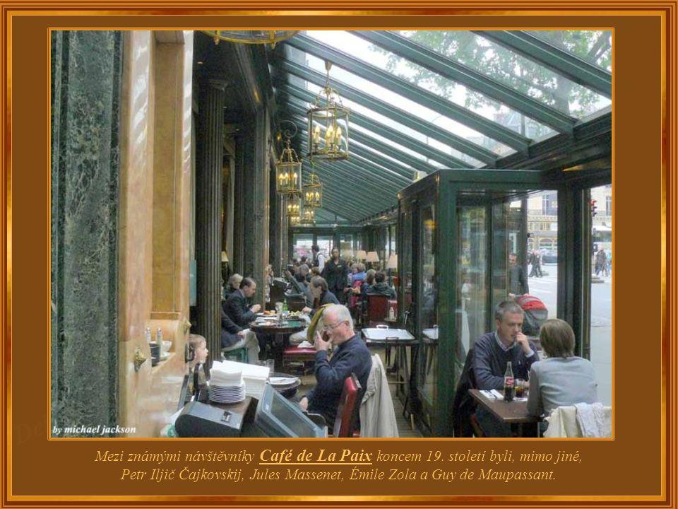 Nachází se v přízemí luxusní Haussmannovy budovy, kde je nyní hotel InterContinental. Byla vybudována v roce 1862 v čistém slohu Napoleona III.