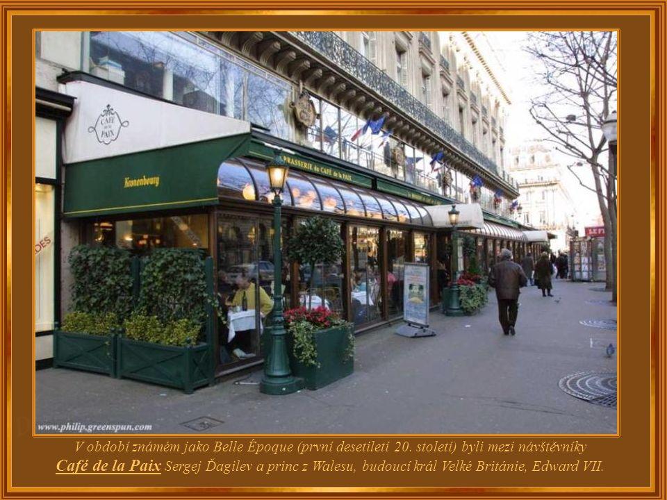 Mezi známými návštěvníky Café de La Paix koncem 19. století byli, mimo jiné, Petr Iljič Čajkovskij, Jules Massenet, Émile Zola a Guy de Maupassant.