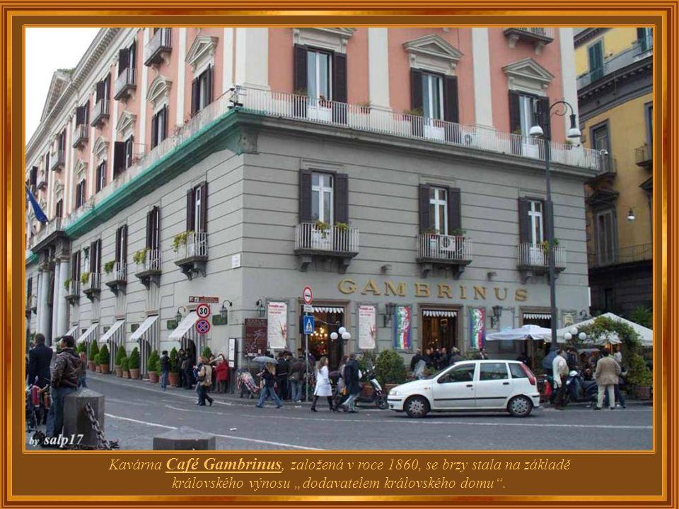 Itálie – Neapol Café Gambrinus