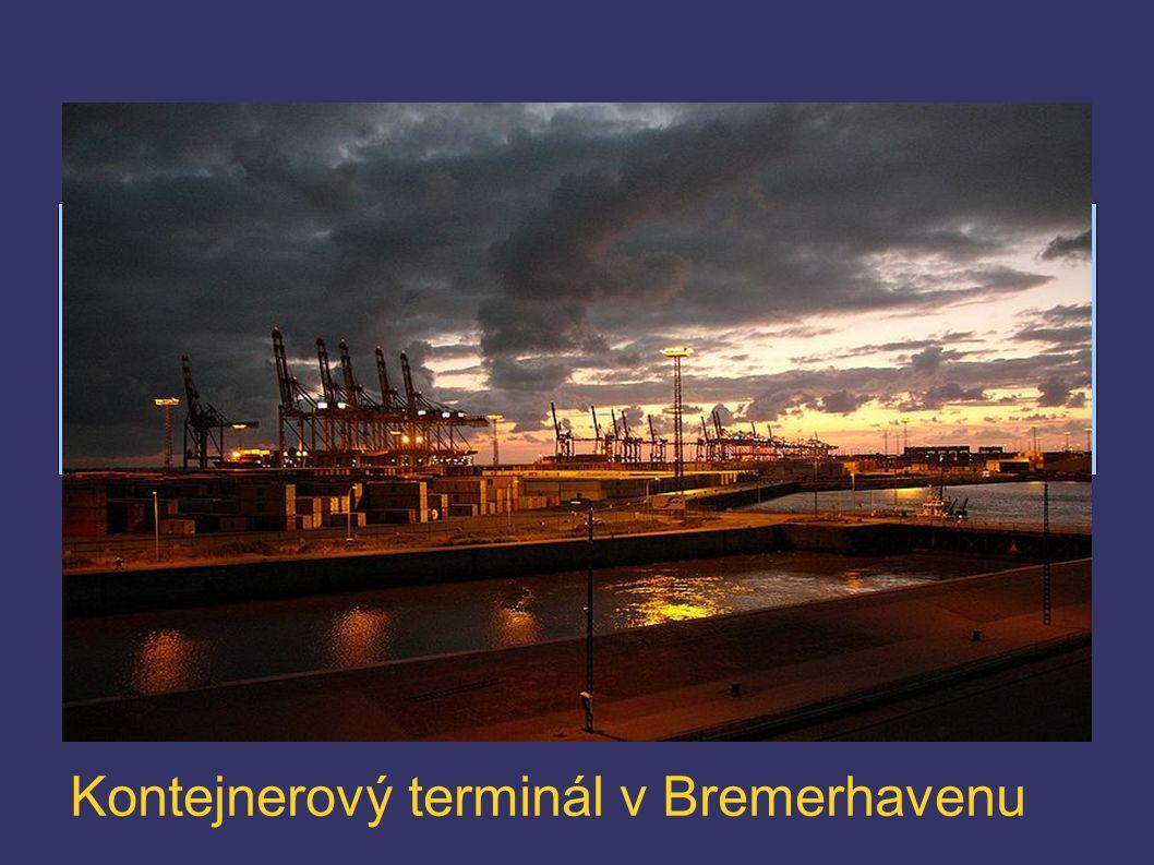 Kontejnerový terminál v Bremerhavenu