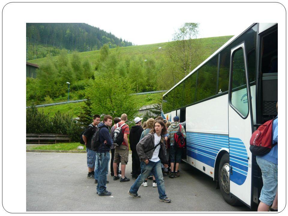 Autobus nás