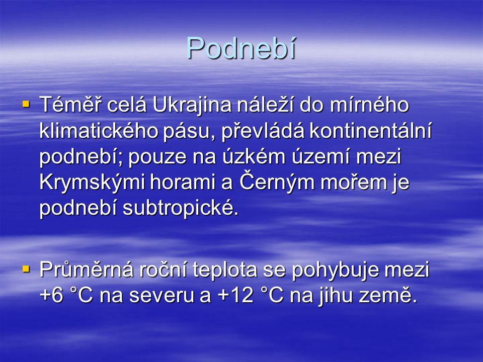 Vodstvo  Nejvýznamnější řekou je Dněpr  http://cs.wikipedia.org/wiki/Soubor:Dnieper_32.03650E_46.