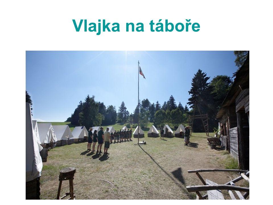 Vlajka na táboře