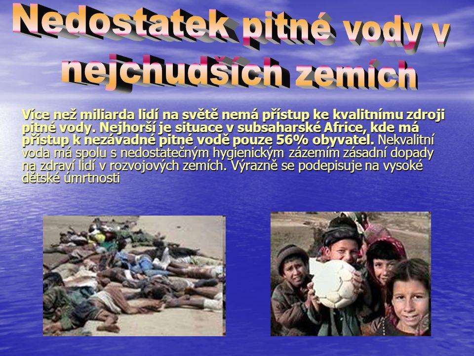 Ne všude je všudypřítomnost pitné vody samozřejmostí (Upozornění na toaletě v Bulharsku, že voda z tohoto kohoutku není pitná) Ne všude je všudypřítomnost pitné vody samozřejmostí (Upozornění na toaletě v Bulharsku, že voda z tohoto kohoutku není pitná) Pitná voda se stává vzácností
