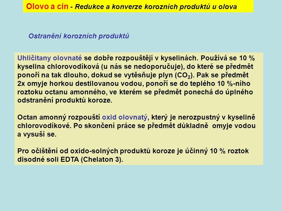 """Olovo a cín - Prevence cínového moru Nejnebezpečnější je pro výrobky z cínu polymorfní přeměna     Při tomto přechodu dochází k náhlému vzrůstu objemu (až o 25,6 %) a kompaktní kov se rozpadá na šedý prášek (""""šedý cín )."""