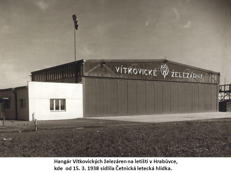 Hangár Vítkovických železáren na letišti v Hrabůvce, kde od 15.