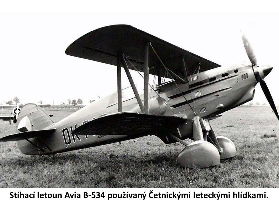 Stíhací letoun Avia B-534 používaný Četnickými leteckými hlídkami.