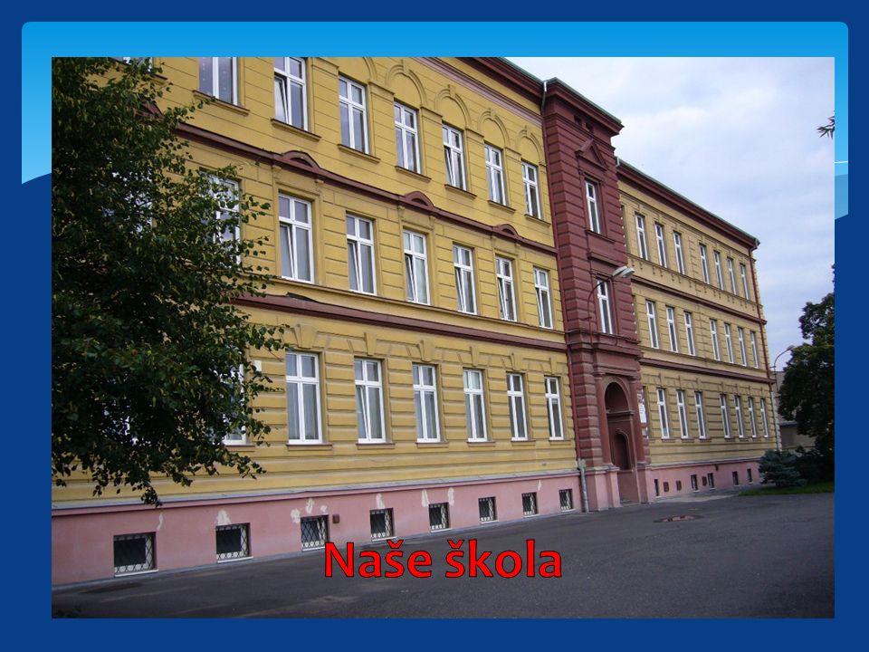Historie školy Historie a vznik naší školy sahá až ke konci druhé světové války, kde vidíme první zmínky o zvláštní škole v Duchcově.
