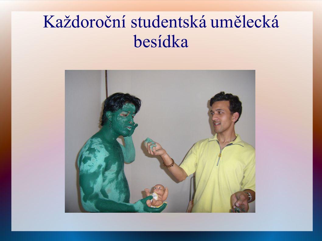Každoroční studentská umělecká besídka