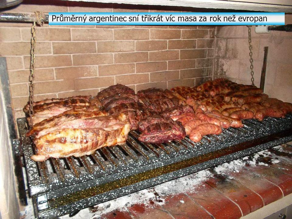 Průměrný argentinec sní třikrát víc masa za rok než evropan