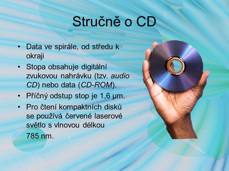 Průmyslová výroba CD 1.PREMASTERING – výroba, obvykle vypálení, prvního kusu cd 2.MASTERING -,,skleněný master – potřeba vyrobit lisovací formu (master) I.