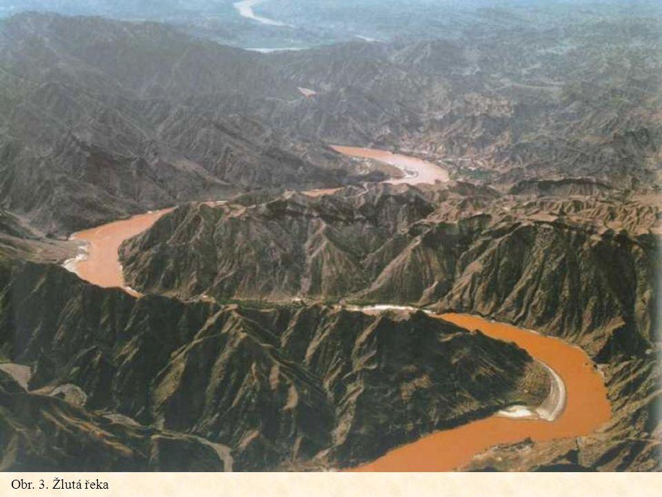 Chang Jiang Se svou délkou 6300 km je za Amazonkou a Nilem třetí nejdelší řekou světa.