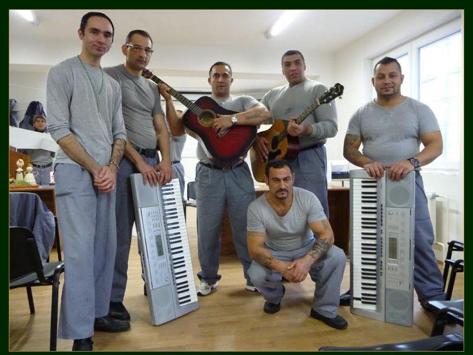 Postpenitenciární péče http://www.zabranou.cz/ Nová šance: http://www.koblov.cz/ http://prisonfellowship.cz/ Duchovní služba ve věznicích.