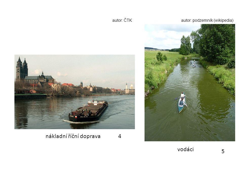 4 5 nákladní říční doprava vodáci autor: ČTKautor: podzemník (wikipedia)