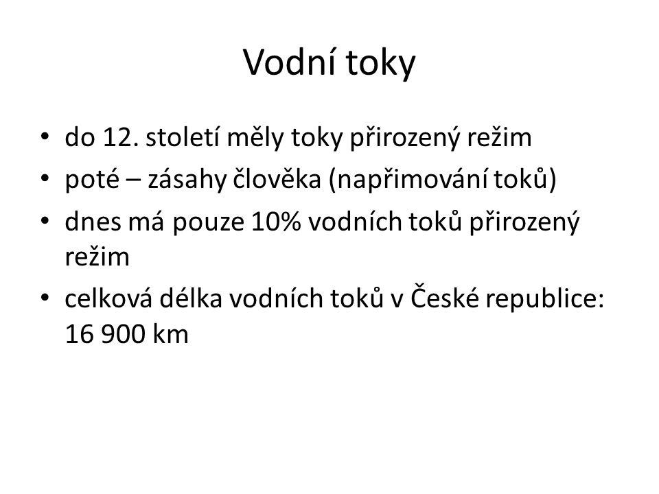 Nejdelší vodní toky na našem území Vltava 433 km Labe 357 km (celková délka:1165 km) Dyje 301 km Ohře 299 km Morava 258 km Berounka 239 km Sázava 219 km