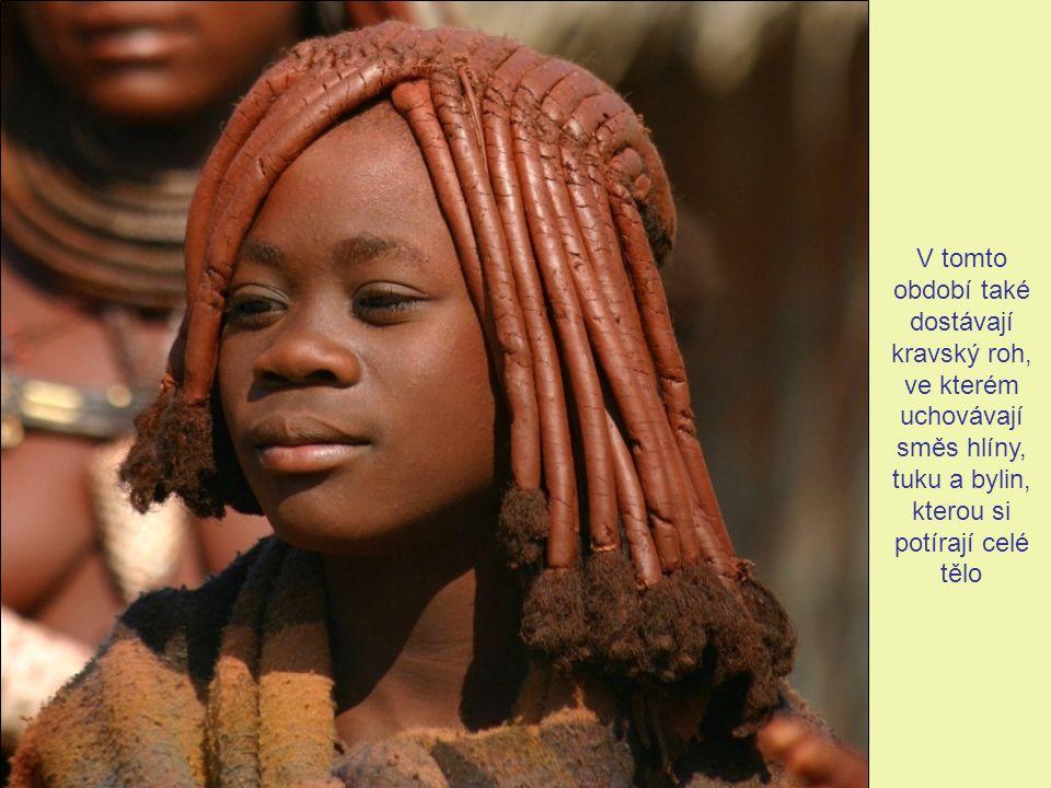 Himbky jsou způsobilé pro manželství po skončení první menstruace, po níž následuje iniciační rituál a přijetí mezi dospělé
