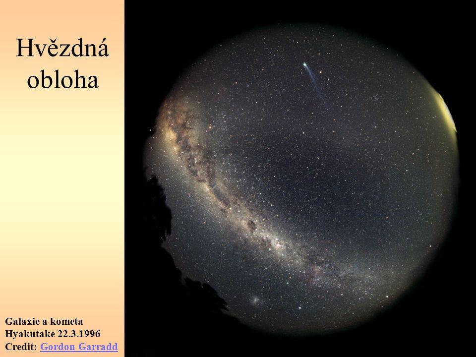 Hvězdná obloha Galaxie a kometa Hyakutake 22.3.1996 Credit: Gordon GarraddGordon Garradd