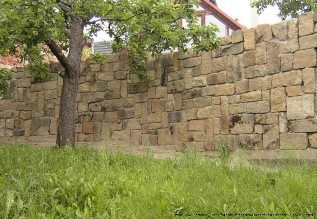 http://www.hradcany89.cz/fotoalbum/zahradni-architektura/kvadrove-zdivo-.-.html