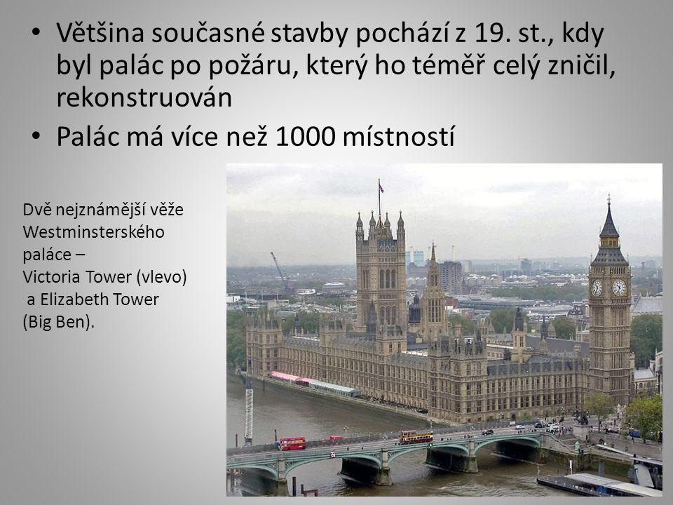 Většina současné stavby pochází z 19. st., kdy byl palác po požáru, který ho téměř celý zničil, rekonstruován Palác má více než 1000 místností Dvě nej