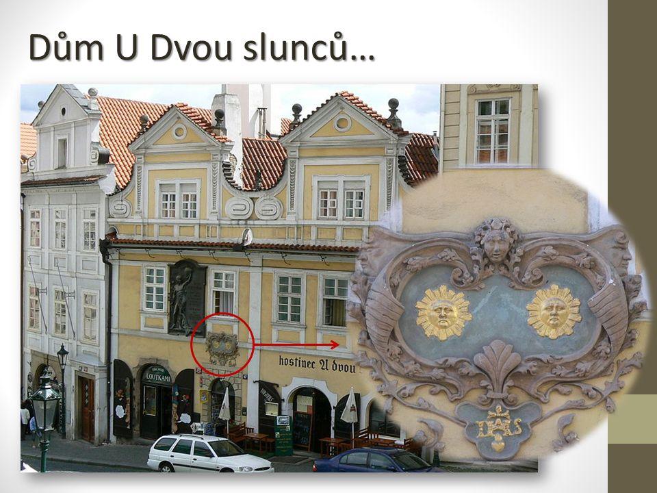 Pamětní deska Jana Nerudy U Dvou slunců Nerudově ulici č.
