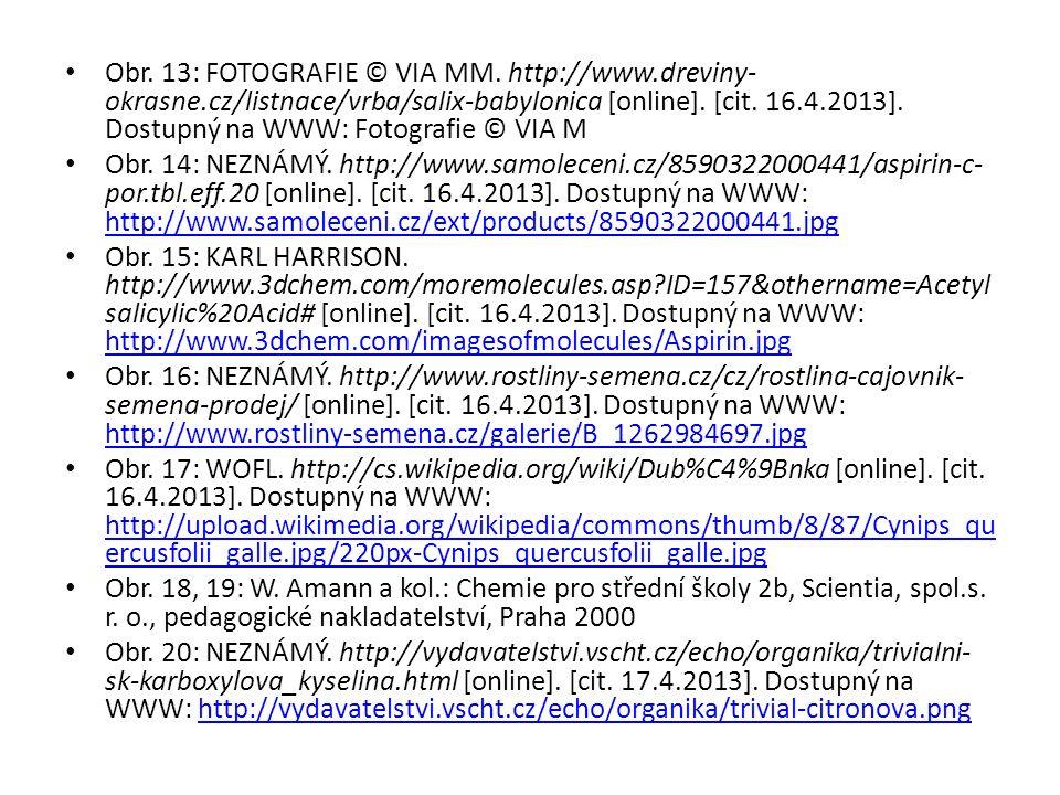 Obr. 13: FOTOGRAFIE © VIA MM. http://www.dreviny- okrasne.cz/listnace/vrba/salix-babylonica [online]. [cit. 16.4.2013]. Dostupný na WWW: Fotografie ©
