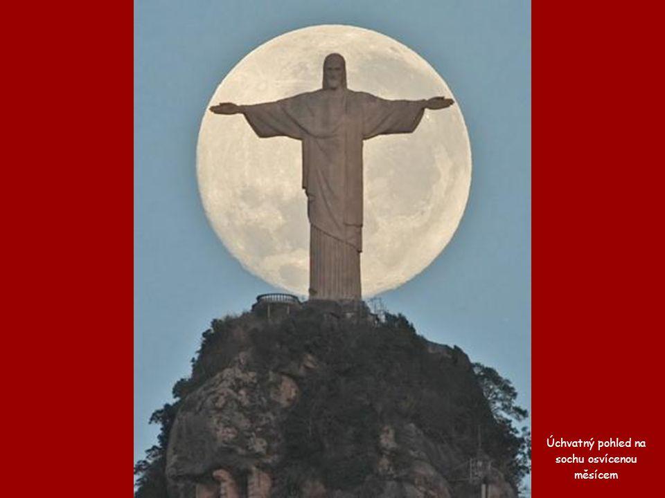Pohled na Rio z vrcholu Sugar Loaf.